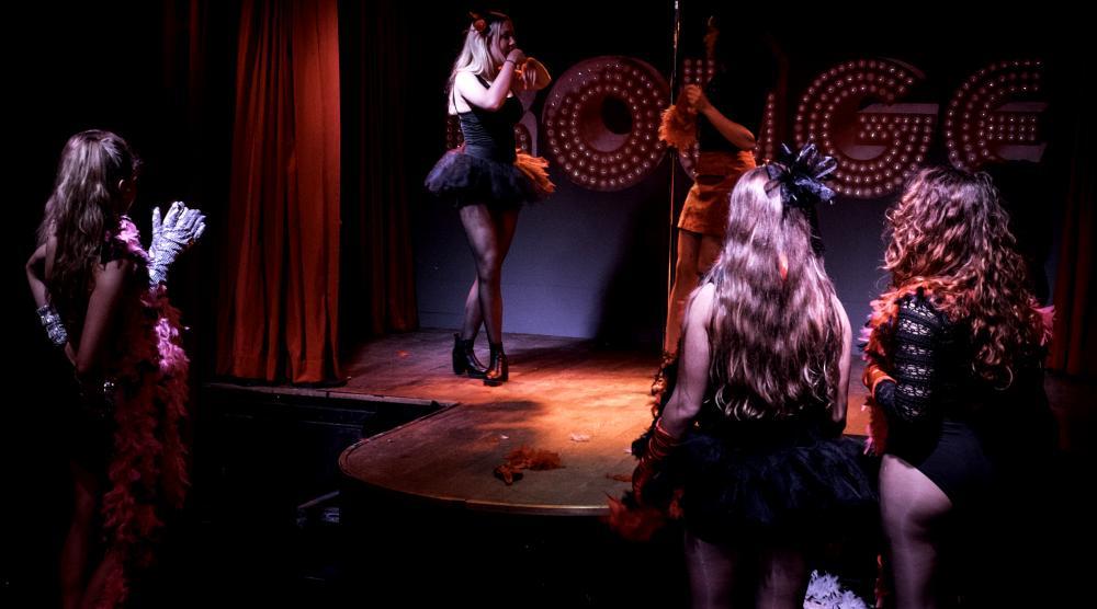 Slide 1: Workshop Burlesque Bedrijfsuitje